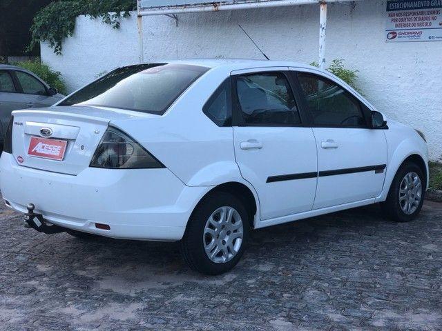 Vendo novíssimo Fiesta Sedan Class 1.6 2013 - Foto 3