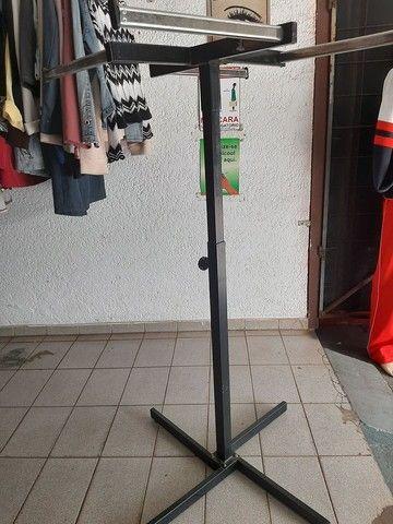 Araras de roupa de r$ 150 cada - Foto 2