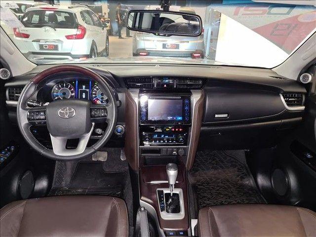 Toyota Hilux Sw4 2.7 Srv 7 Lugares 4x2 16v - Foto 11