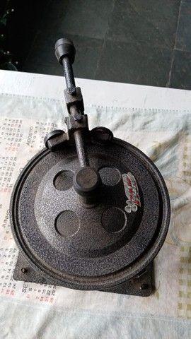 Máquina de fechar marmitex - Foto 2