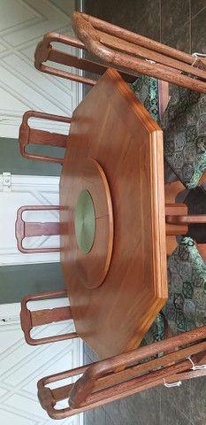 Mesa de Peroba Rosa com 8 cadeiras - Foto 2