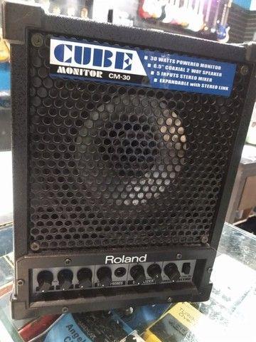 Monitor Amplificado Roland Cm-30 usado (Mixer Instrumentos Musicais)