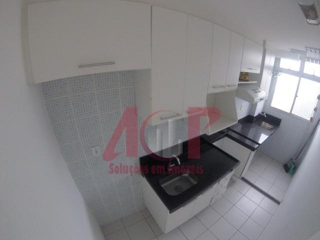 Lindo apartamento dois quartos, todo reformado, com piso laminado