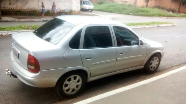 Vendo ou troco Corsa - Chevrolet Corsa Sedan