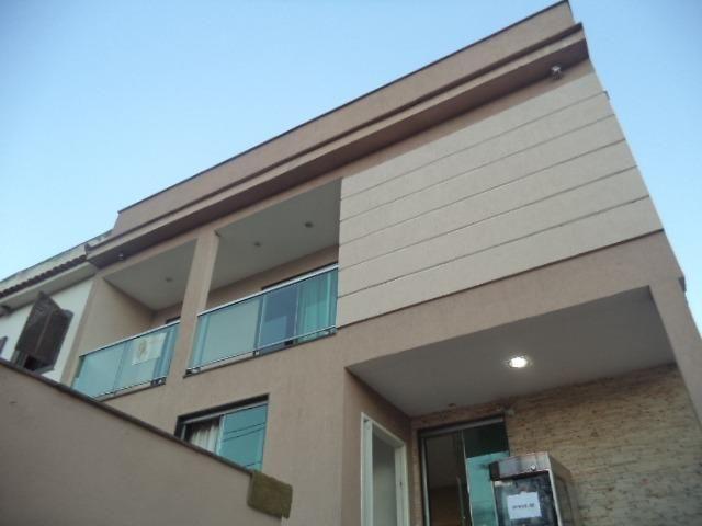 Casa de 3 dormitórios, 2 suítes, alto padrão,no Conforto !