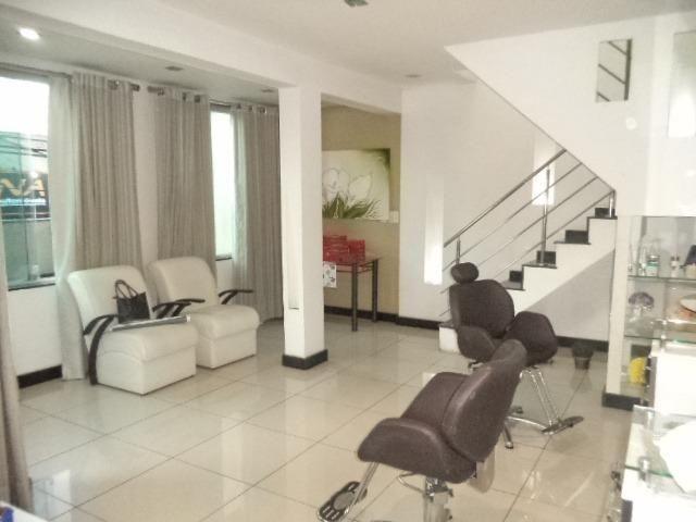 Casa de 3 dormitórios, 2 suítes, alto padrão,no Conforto ! - Foto 9