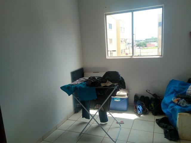 Quarto p dormir c/ wi-fi+ Maq.lavar+geladeira+ fogão gás - Foto 4