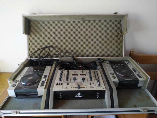 2 CDJ200 Pionner + Mixer Behringer DJX400 - Foto 2