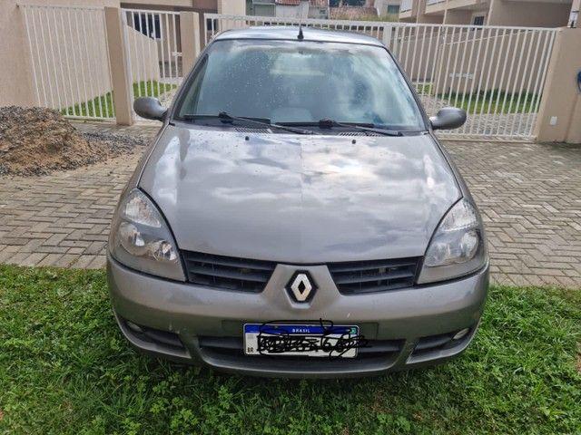 Clio sedan 2006