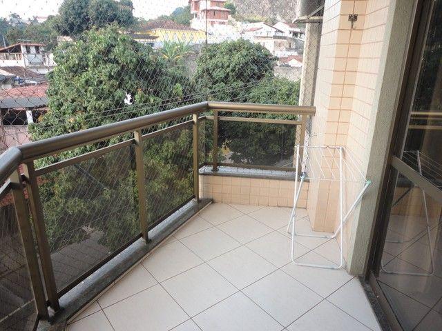 Ótimo apartamento de frente, mobiliado e com vaga de garagem, localizado no bairro de Fáti - Foto 15