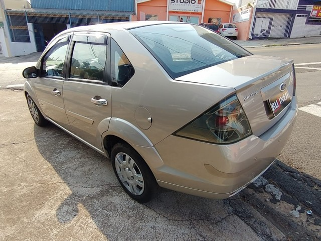Ford Fiesta Sedan 1.6 ROCAN SE 8V FLEX 4P MANUAL - Foto 2