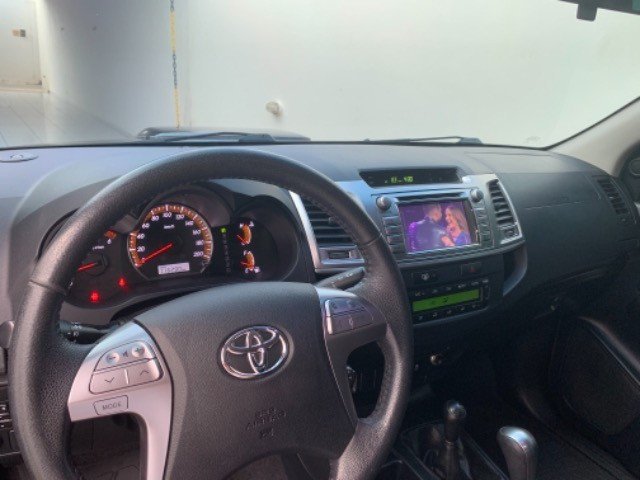 Toyota Hilux 2014 - Foto 5