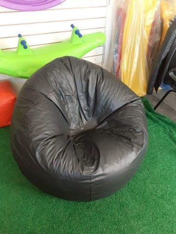 Ideal para escritórios, salas de reunião e lazer - Puff Modelo Gota G