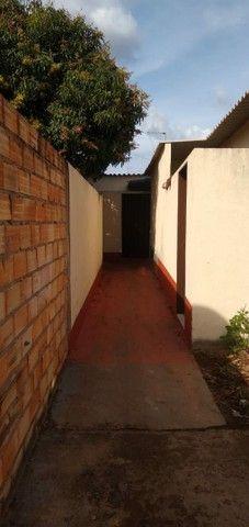 Vendo casa grande com 3 barracões no setor Serra Dourada 3 - Foto 13