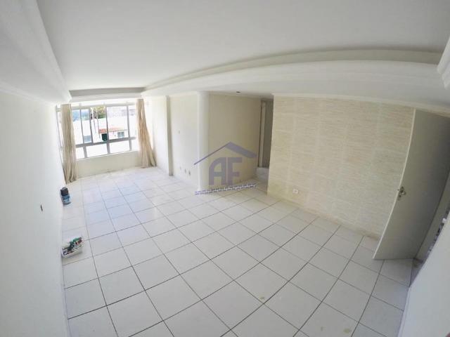 Apartamento com ótimo acabamento ao lado do Centro - Edifício Vegas - Prado