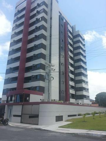 Apartamento com área de lazer na cobertura , Jatiúca