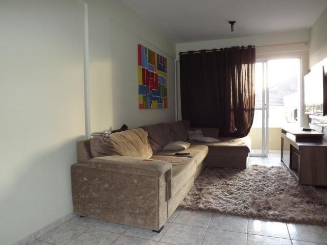 Apto 03 dormitórios sendo 01 suíte no Bairro Alto - Foto 2
