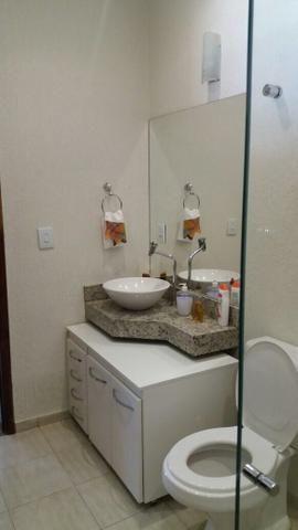 Linda casa de 3 quartos em excelente localização do Setor de Mansões de Sobradinho - Foto 8