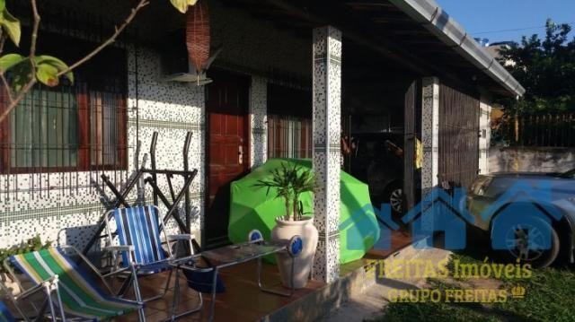 Casa de 02 qts. + 03 no anexo, piscina e salão de jogos. - Foto 3