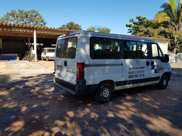 Van Peugeot Boxer 16 Lugares 2014 Aceito Oferta/Troca - Foto 4