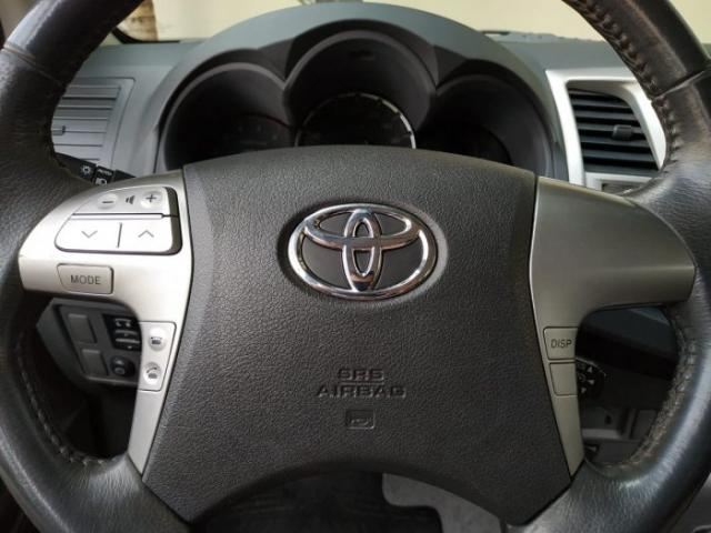 Toyota hilux 2013 3.0 srv 4x4 cd 16v turbo intercooler diesel 4p automÁtico - Foto 17