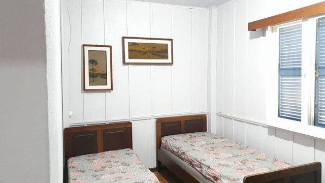 Casa pé na areia  locação de temporada com 4 dormitórios no Perequê - Cód. 73AT - Foto 7