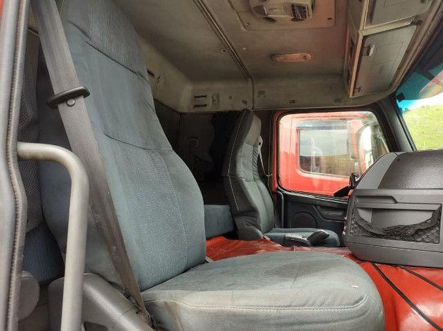 Volvo FM 370 ano 2011 6x2 - Foto 14