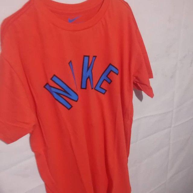 Kit com 15 camisas de malha