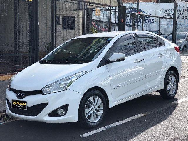 Hyundai / HB20s Confort Plus 1.6 Automático 2013/2014