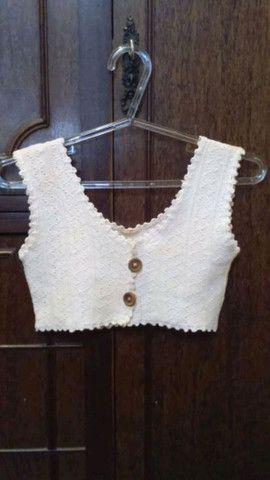 Conjunto de mini-saia e top de tricô de fio de algodão cru (artesanal). - Foto 3