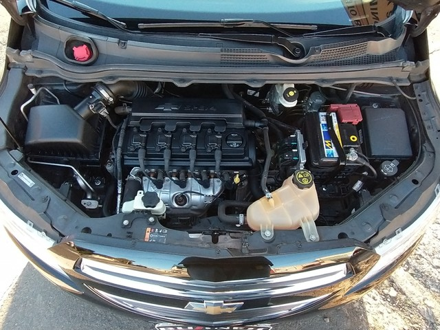 Chevrolet Onix 1.0 LT 8V FLEX 4P MANUAL - Foto 7