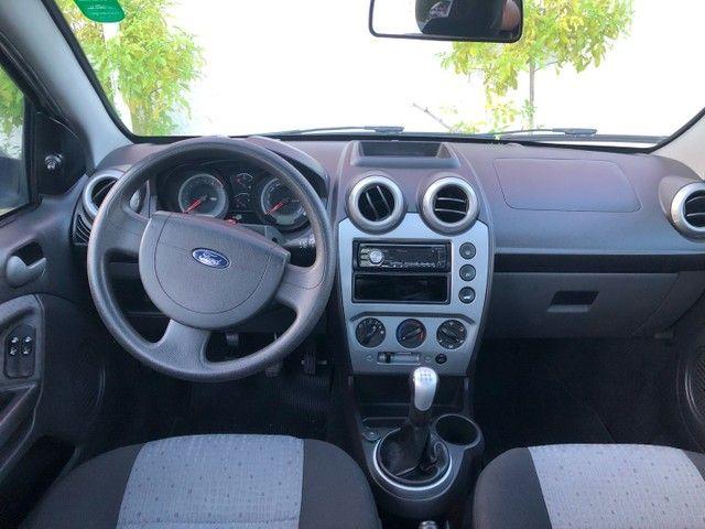 Vendo novíssimo Fiesta Sedan Class 1.6 2013 - Foto 5