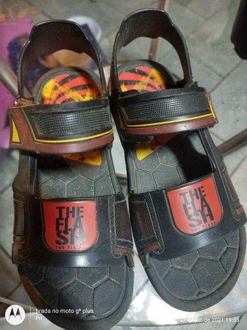 Sandália e chuteiras bem baratinhos