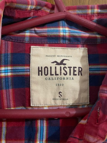 Camisa xadrez vermelha Hollister feminina P/M - Foto 4