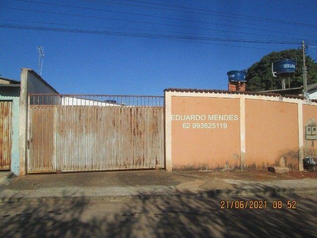 Casa 2/4, mas 2 barracões, lote de esquina 307 m², vila Operaria Anápolis  - Foto 12