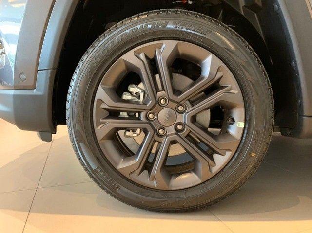 Jeep Compass  Longitude Motor 1.3 turbo flex. Série especial 80 anos.  - Foto 6