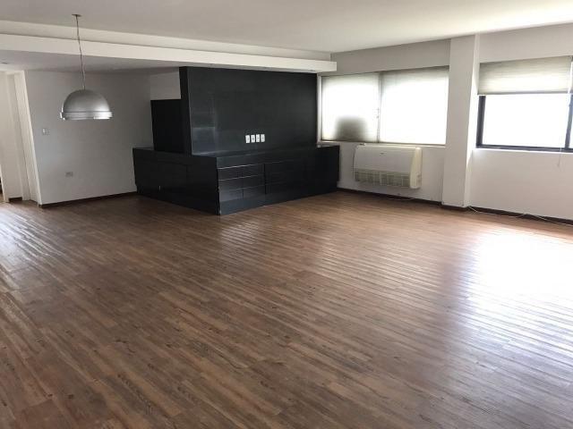 Apartamento Duplex ALTO padrão nos Aflitos