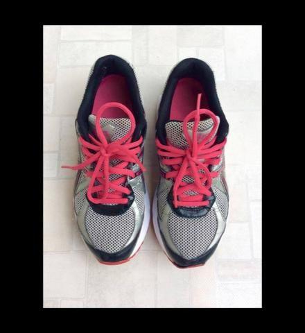 f638b125dde Tênis Asics - Roupas e calçados - Vila Nova