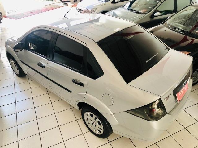 Fiesta Sedan 1.0 (flex) 2011 - Foto 7