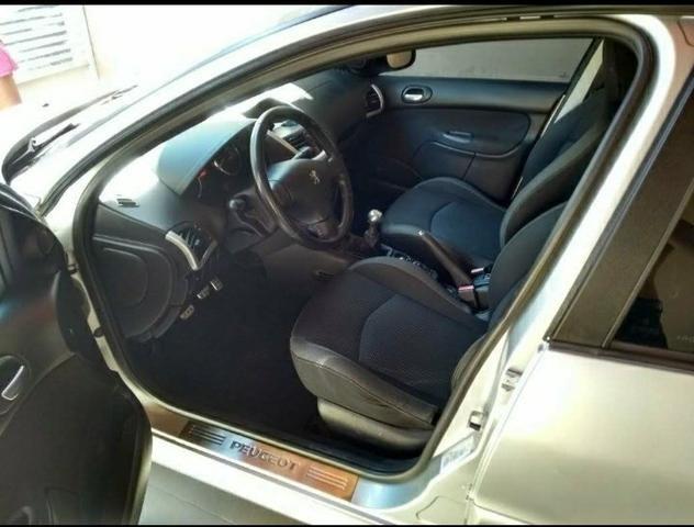 Peugeot Sedan 207