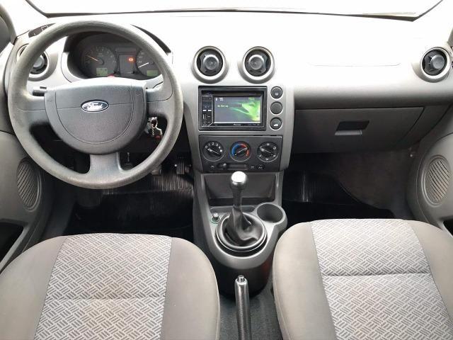 Ford Fiesta sedan 1.6 class completa top de linha - Foto 5
