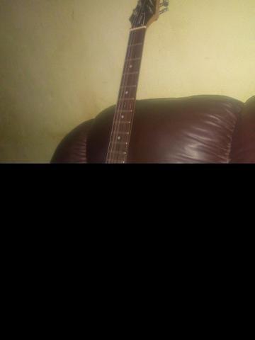 Guitarra menphis com caixinha.seminovos