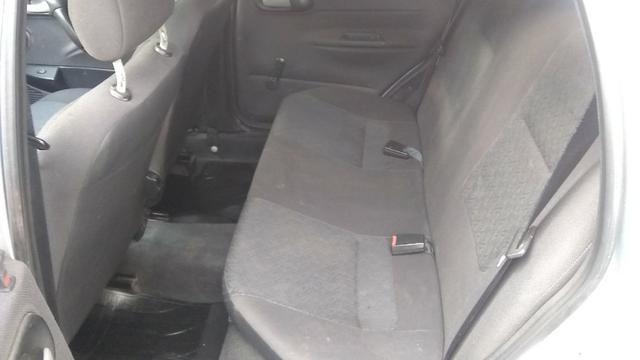 Chevrolet corsa sedã super 1.0, cor prata, completo, flex - Foto 8