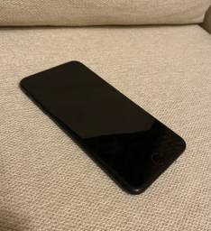 Iphone 7 plus 256GB preto fosco + 7 capinhas