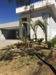 Casa nova em condomínio alto padrão em Araras/SP
