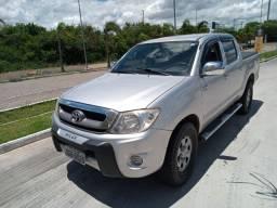 Toyota Hilux - 2.5 Diesel Tração 4x4