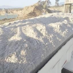 Areia lavada areia de fingir com 13 metros carrada fecha e outros !!!!