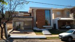 Linda casa térrea condomínio Belvedere 1