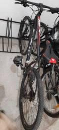 Vendo bicicleta - 24Veloc / aro21 / qdo29 /Freio hidráulico a disco