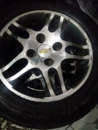 Jogo de Rodas 14 pneus seminovos